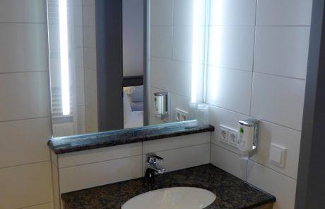 Badezimmer - Kath. Jugend- und Tagungshaus Wernau